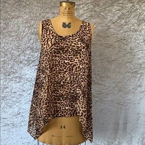 Daniel Rainn size medium leopard tank top
